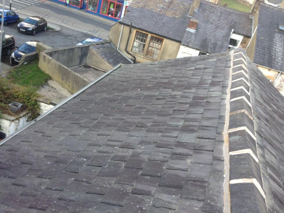 Resetting Ridge Tiles On A Terrace Cjb Roofing